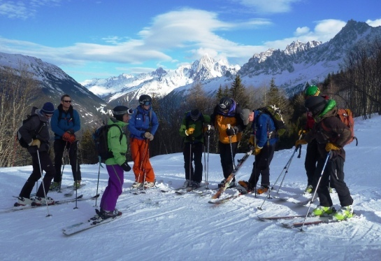 how to become a mountain guide uk